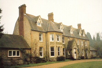 Headley workhouse today, now re-named 'Headley Grange'