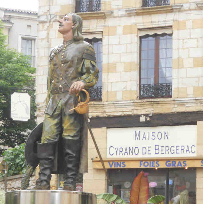 a literary analysis of beauty in the story of cyrano de bergerac Fundamentals of literature teach your student the process of literary analysis includes an english translation of rostand's drama cyrano de bergerac.
